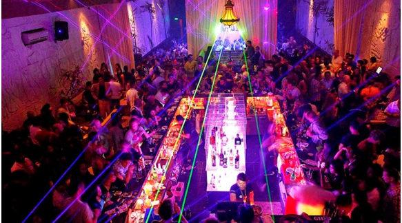 The Bali Review Kuta's Best Party Spots